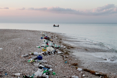 Waste Mismanagement Leads to Plastic-Filled Oceans